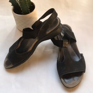 Mephisto Block Heel Soft Footbed Sandal Size 36